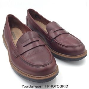 Clarks Raisie Eletta brown leather Penny loafer 9